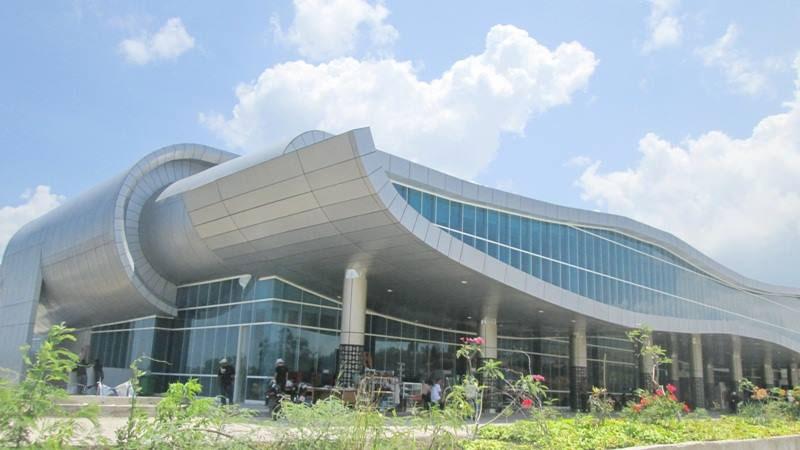 Pertama Kali ke Flores, Presiden Jokowi Resmikan Terminal Penumpang Bandara Komodo