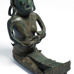 Sang Penenun, Patung Asli Flores 14 Abad ini Ada di Museum Australia