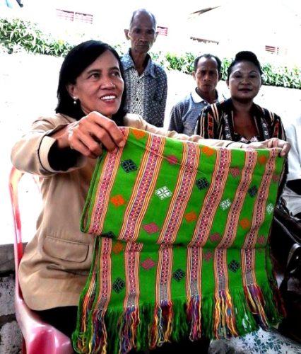 Industeri tenun ikat di Kabupaten Kupang maju pesat