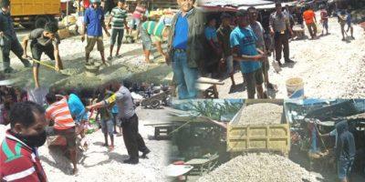 Pemkot Kupang Tidak Respon, Forum Pemuda Peduli Lingkungan Pasar Kasih Dan Pedagang Swadaya Cor Jalan Berlubang