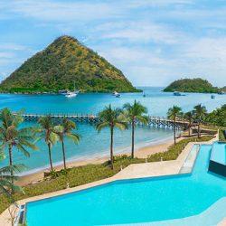 Menjadi resor pertama dan satu-satunya di Pulau Flores