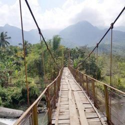 Keindahan dari Jembatan Reworeke Ende