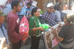 Joseph Nai Soi kunjungi Kampung Guru Sina