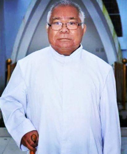 Uskup Agung Ende Pimpin Pemakaman Jenazah Rm. Dominikus Balo, Pr
