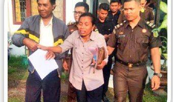 Hakim Vonis Lima Terdakwa Kasus PNPM Mandiri Ende