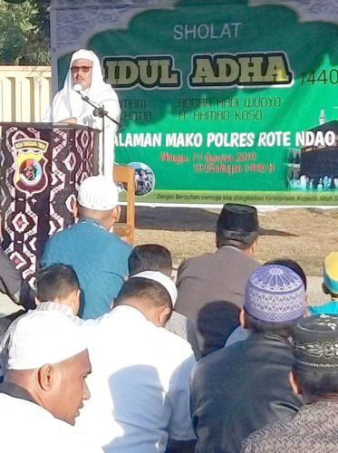 Polres Rote Ndao Gelar Sholat Idul Adha 1440 H di Halaman Mapolres