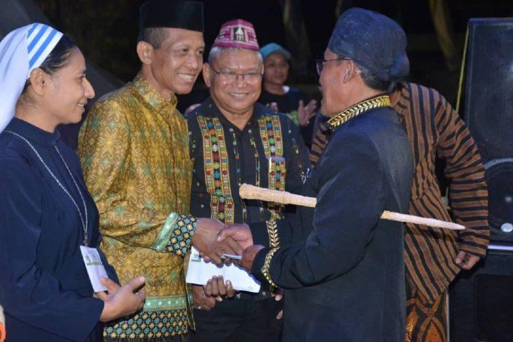 Wakil Walikota Kupang Hadiri Puncak Acara Seni Budaya Grebeg