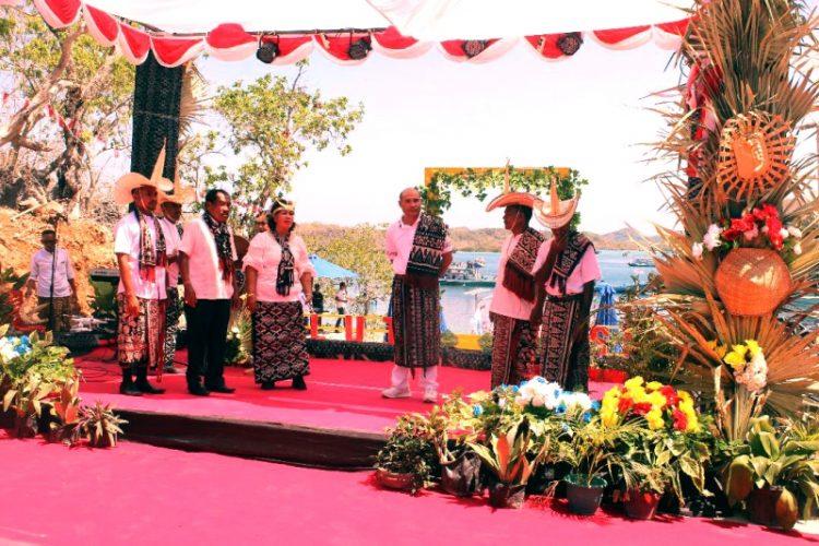 Gubernur NTT Tantang Pemkab Persiapkan Pariwisata secara Baik