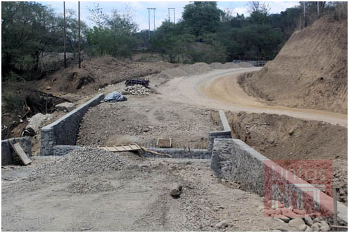 Jelang Akhir Tahun, Proyek Jalan Bokong-Lelogama Belum Rampung