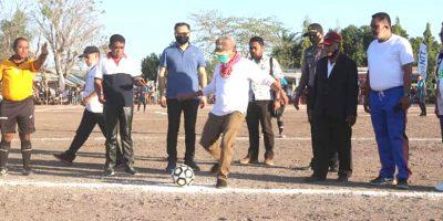 Bupati Kupang Buka Turnamen Sepak Bola Bupati Cup I