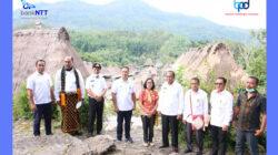 Mengunjungi Desa Adat di Flores Memajukan Bank NTT
