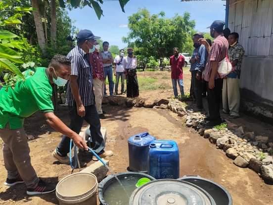 Mata wae nu dhenik (Sumber air su dekat)