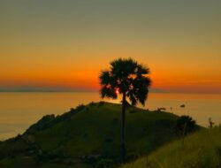 Sunset Labuan Bajo