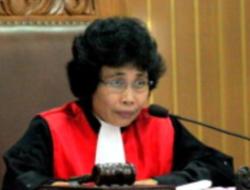 Dihancurkan Jokowi, Novel Baswedan Mengemis ke Hakim Galak Albertina Ho