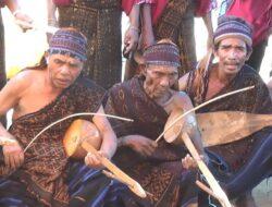 Sato, Alat Musik Tradisional NTT yang Terancam Punah